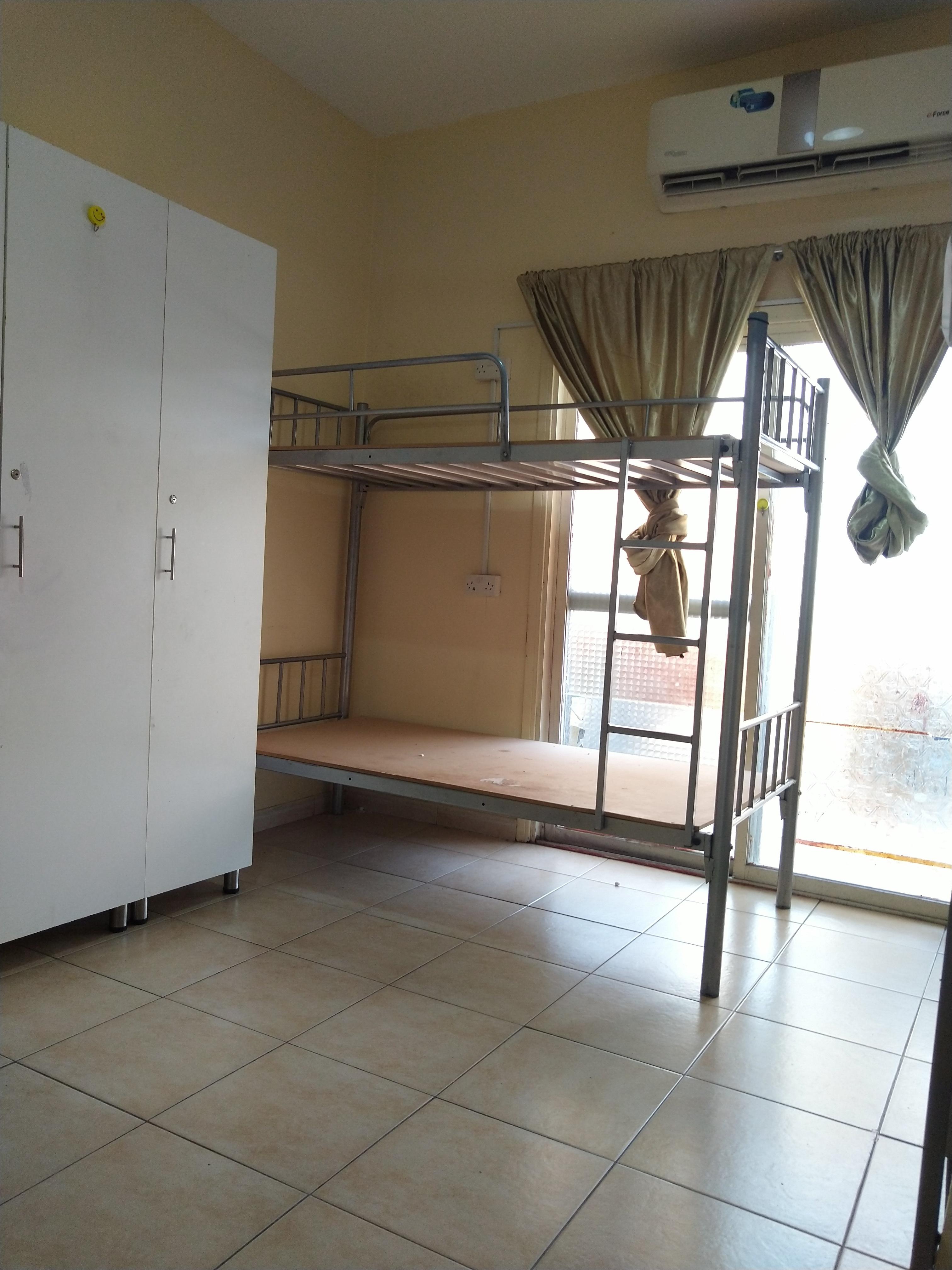 AVAILABLE ROOM FOR COUPLE/ LADIES BED SPACE AT BUR DUBAI DHS.600 NEAR AL GHUBAIBA METRO STATION.