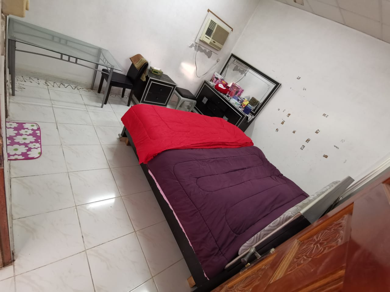 Fully Furnished Room in a Villa for Rent in Julan for Family or Working Ladies