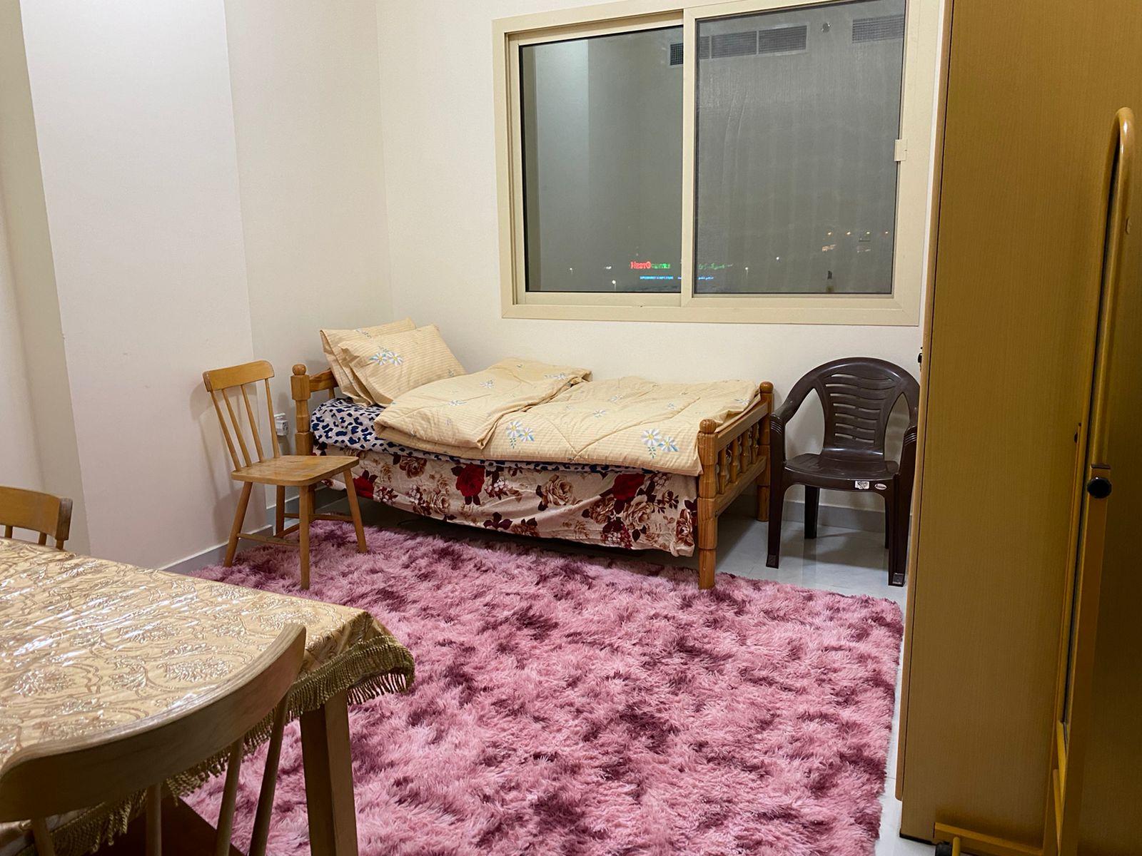 Luxury Shared Room in Al Nakhil