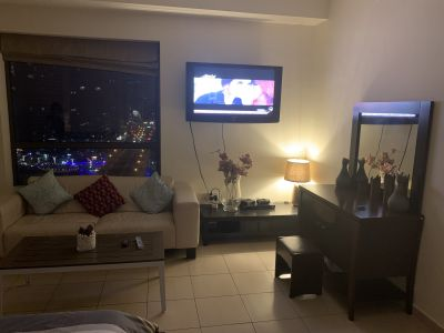 Amazing and clean master room for rent in jbr