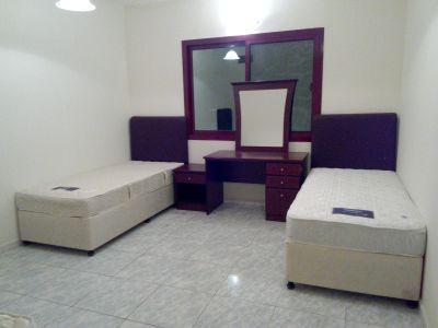 Bed spaces for GIRLS from 1200 onward NEAR BURJUMAN, FAHIDI. ADCB METRO