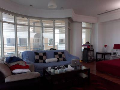 Big Room For Rent In Dubai Marina ( Next to Tram )