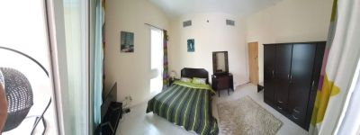 Big room with balcony for rent in jlt