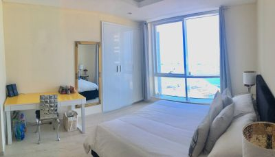 Bright Designer Penthouse Home Ensuite Bedroom Sea Palm View JBR Marina Female Only